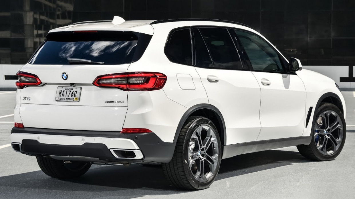10 BMW X10 - Interior, Exterior and Drive / ALL-NEW BMW X10 10 - bmw q5 2020