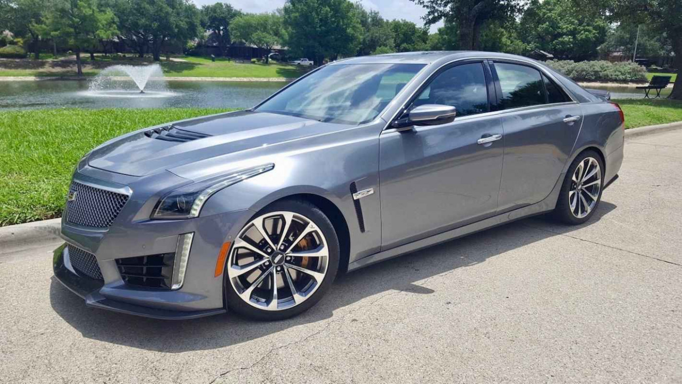 10 Cadillac CTS-V Review | CarProUSA - 2020 cadillac with corvette engine