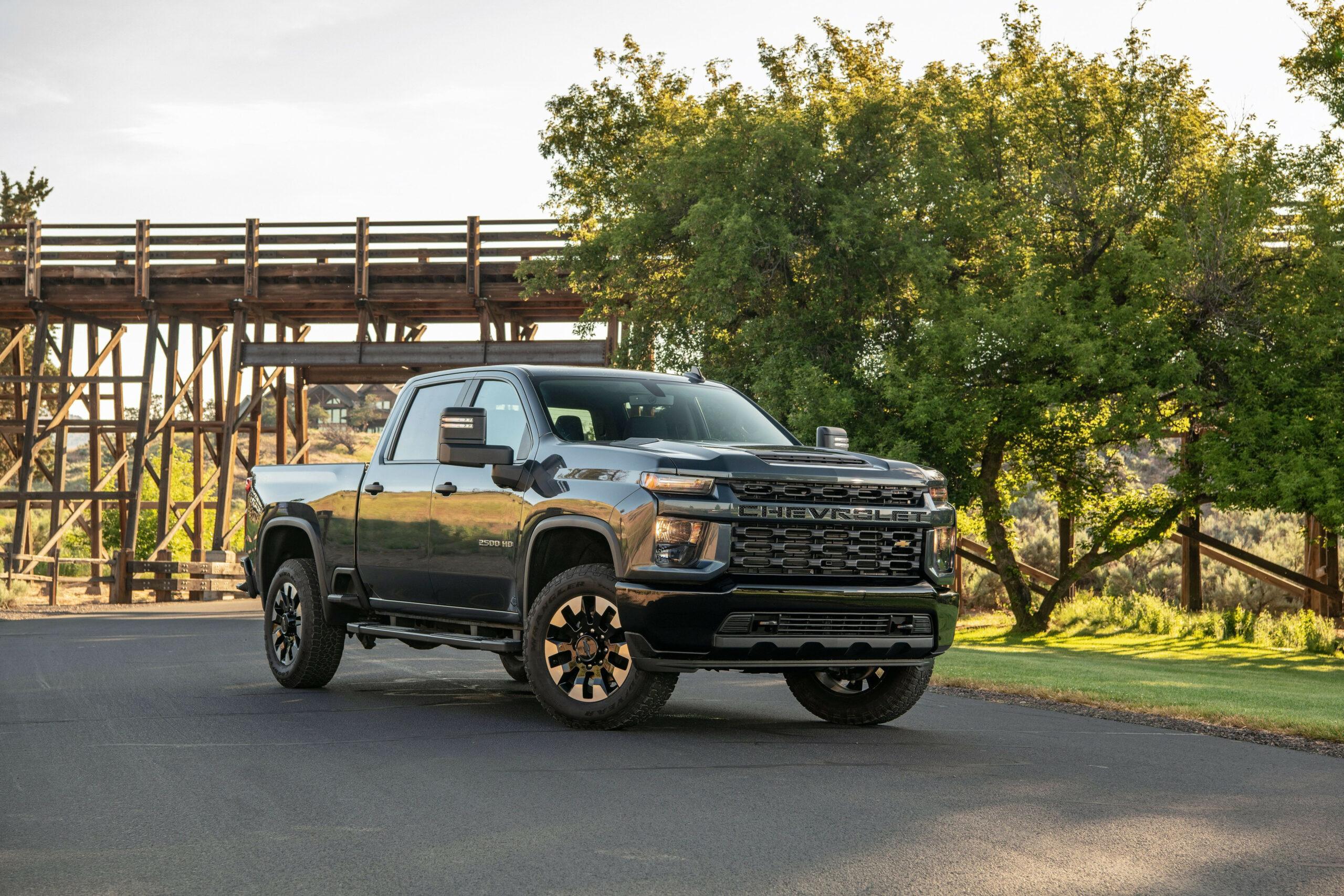 10 Chevrolet Silverado HD Review, Pricing, and Specs - chevrolet pickup 2020