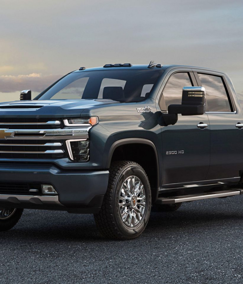 10 Chevrolet Silverado HD's chromed-out High Country trim ...