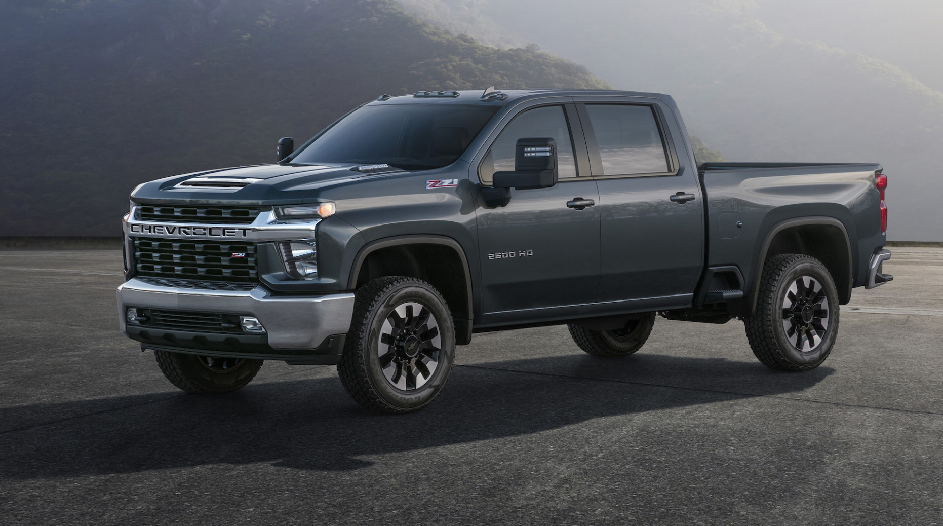 10 Chevrolet Silverado Heavy Duty is ready to get to work - chevrolet pickup 2020