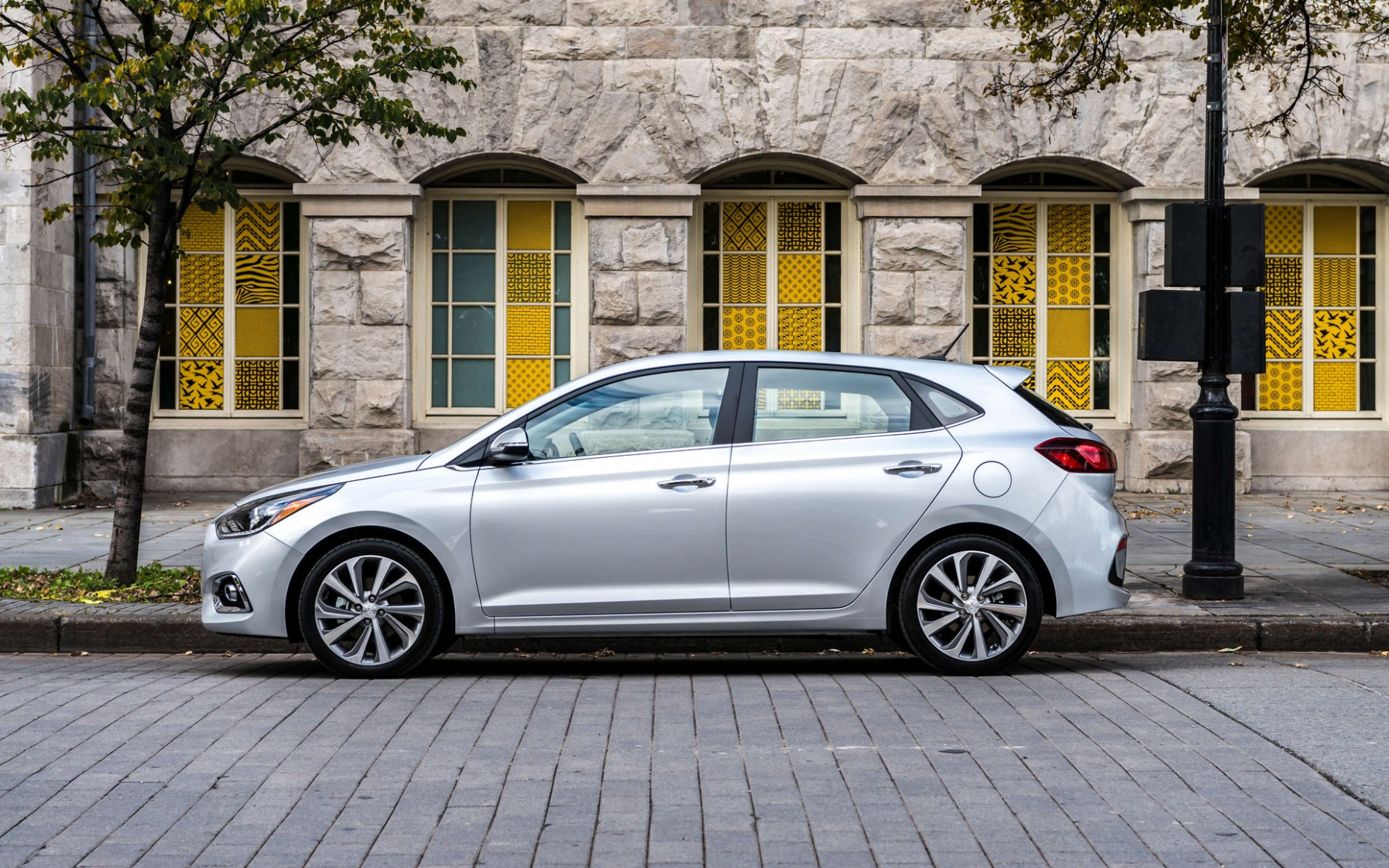 10 Hyundai Accent Adds CVT, Drops Sedan - The Car Guide