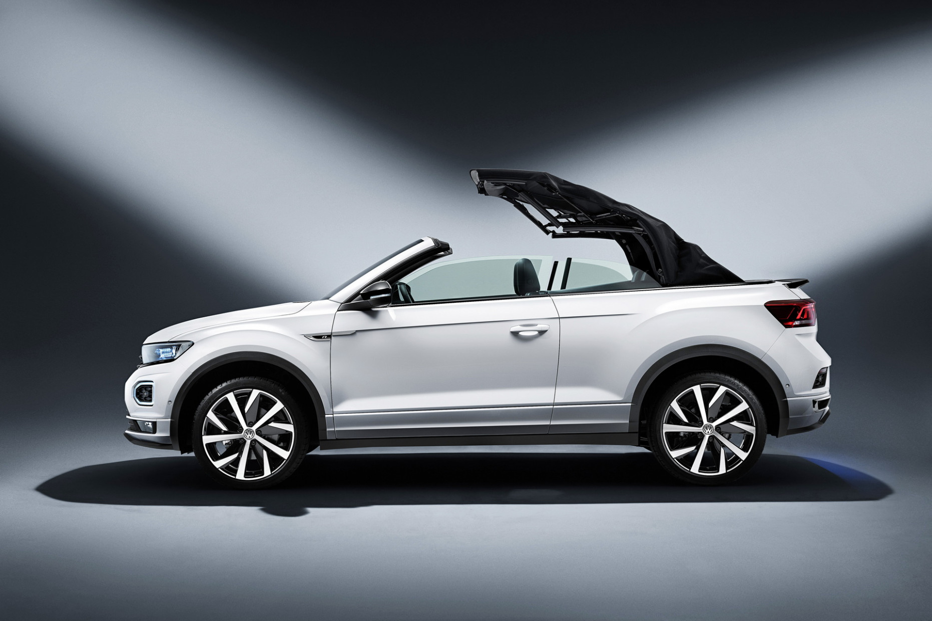 10 VW T-Roc Cabriolet Available Now In The UK, Priced From ...