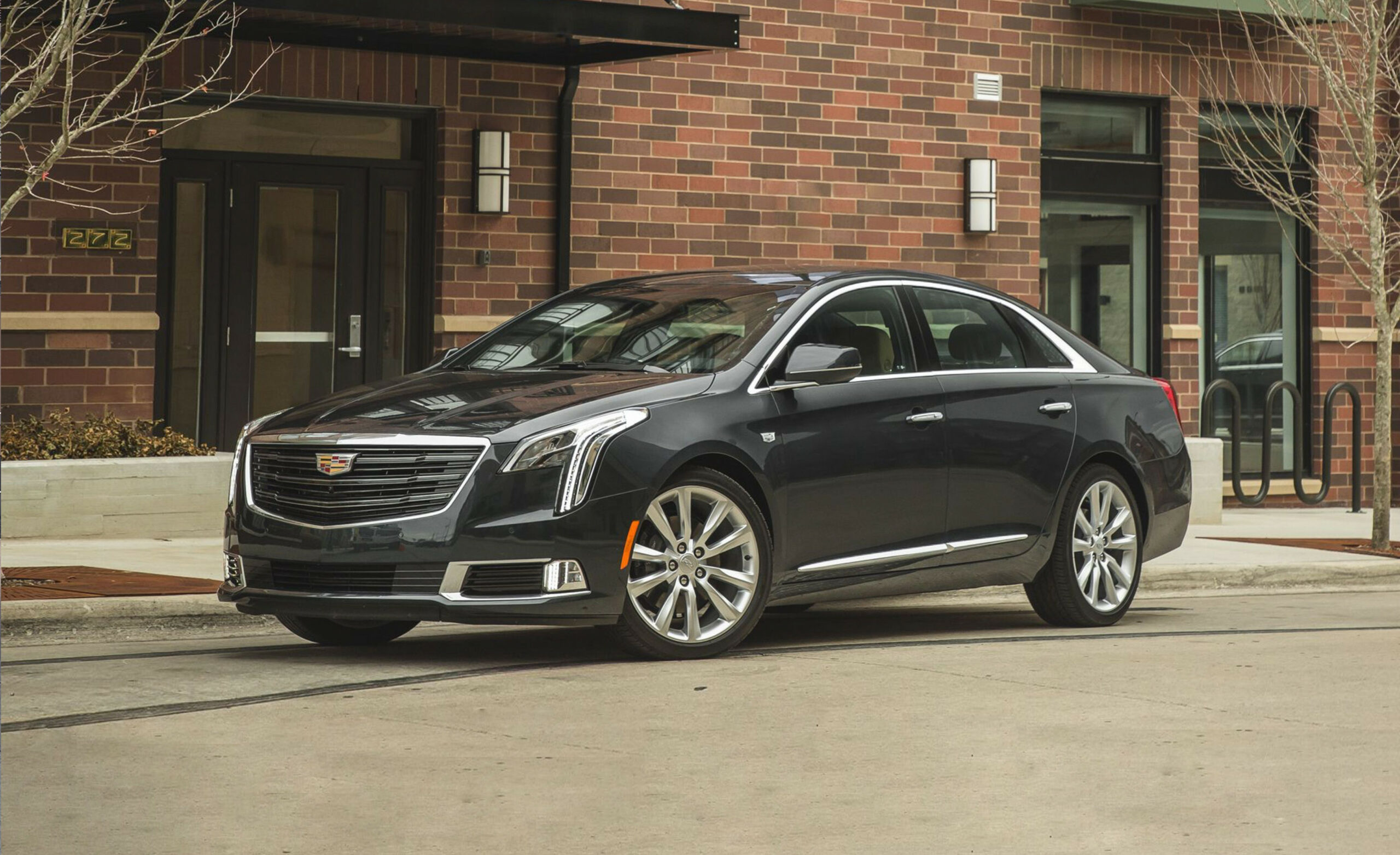 11 Cadillac XTS Review, Pricing, and Specs