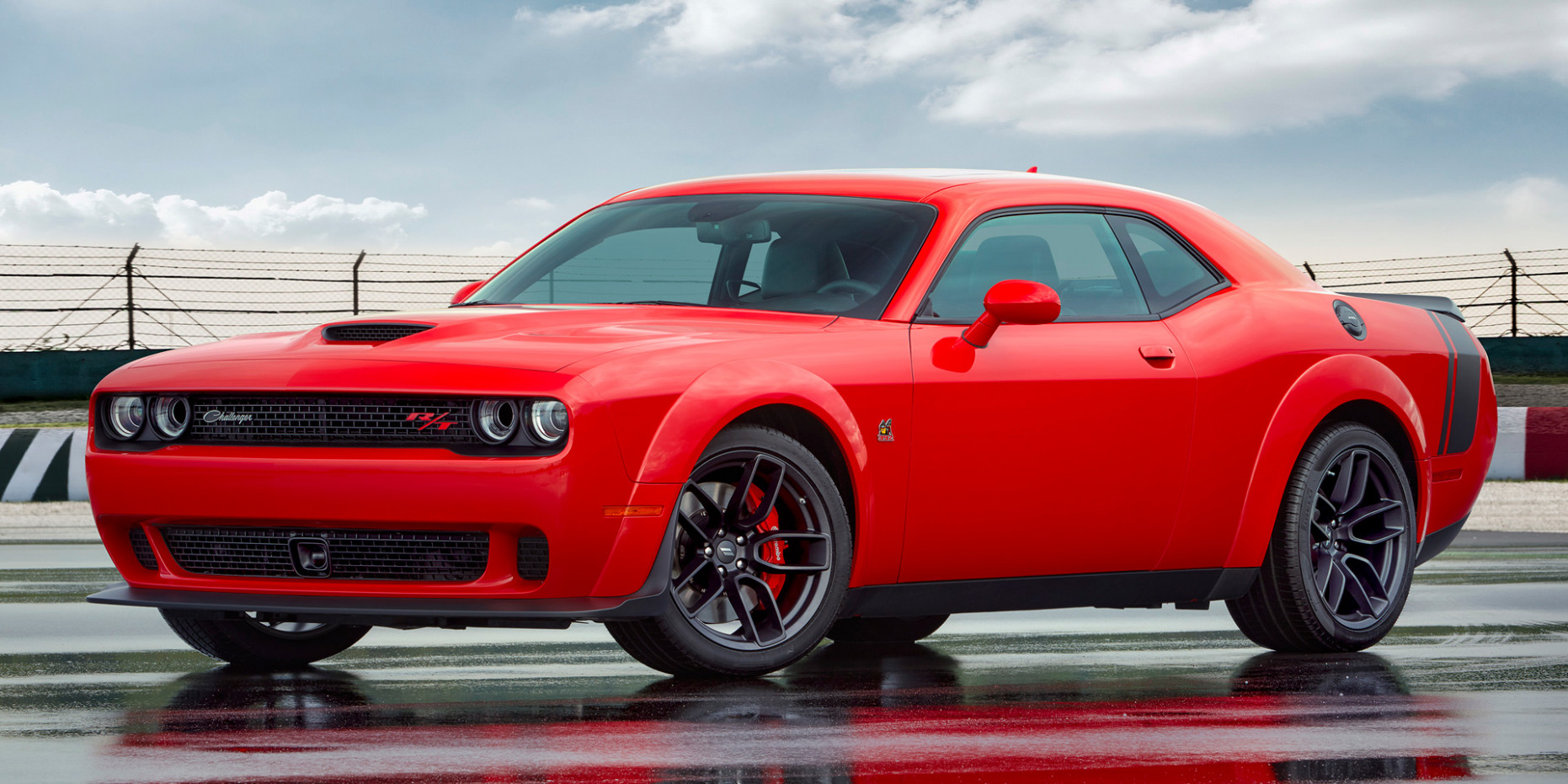 11 - Dodge - Challenger - Vehicles on Display | Chicago Auto Show