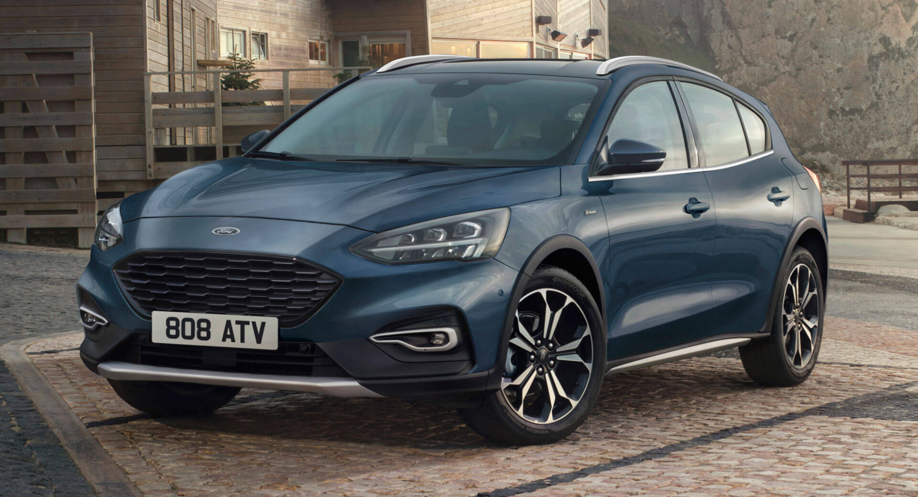11 Ford Focus Active X Tries An Upmarket Approach With New ..