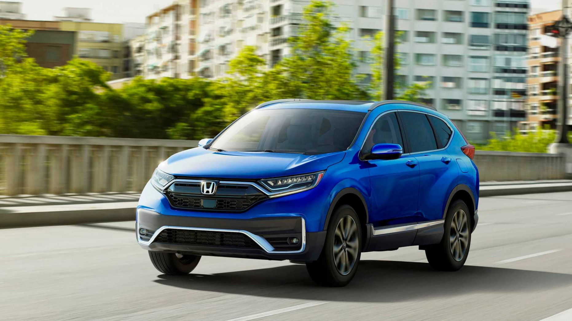 11 Honda CR-V Debuts With Refreshed Styling, Hybrid Version