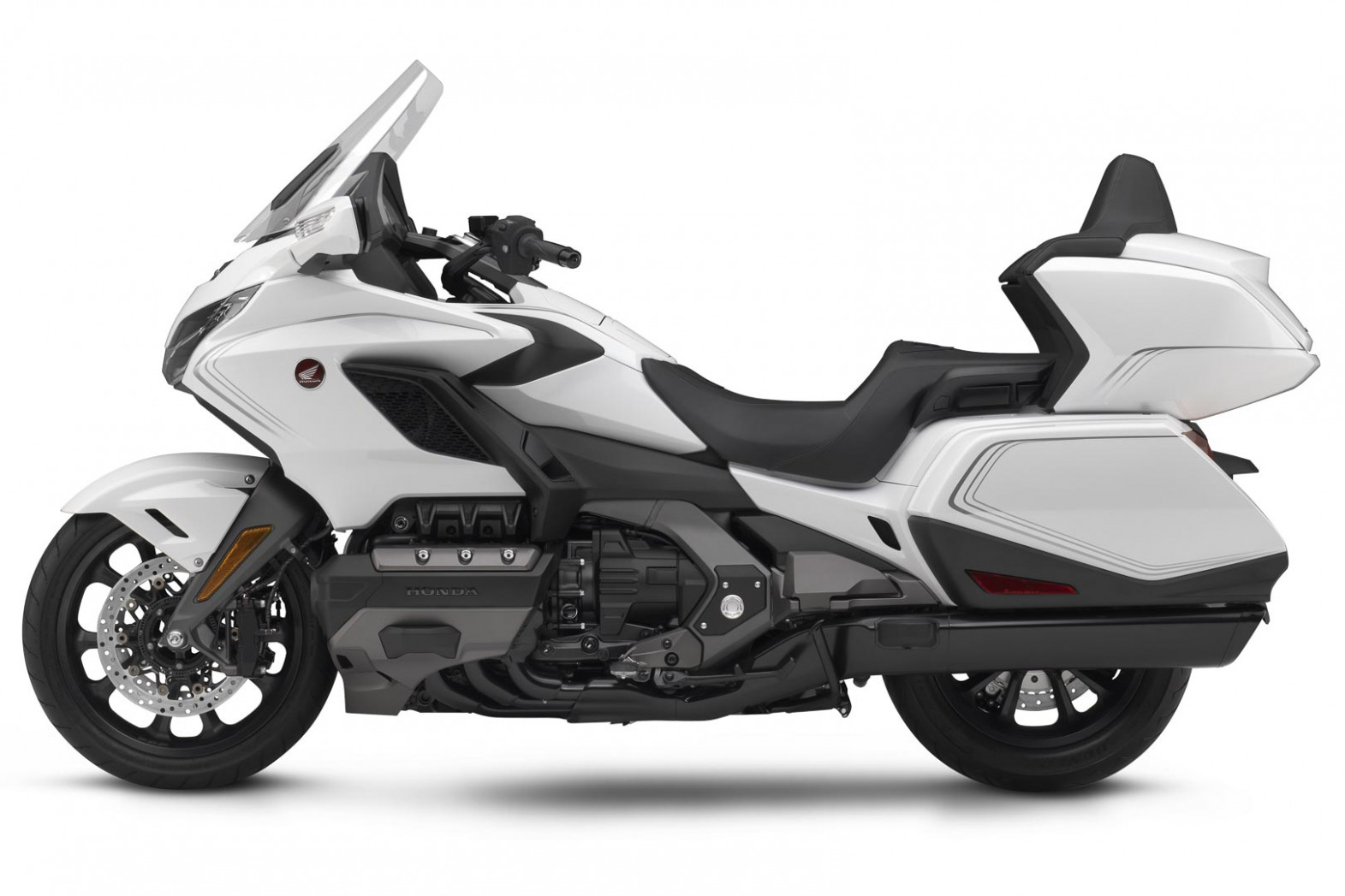 11 Honda Gold Wing Lineup First Look (11 Fast Facts) - 2020 honda goldwing review