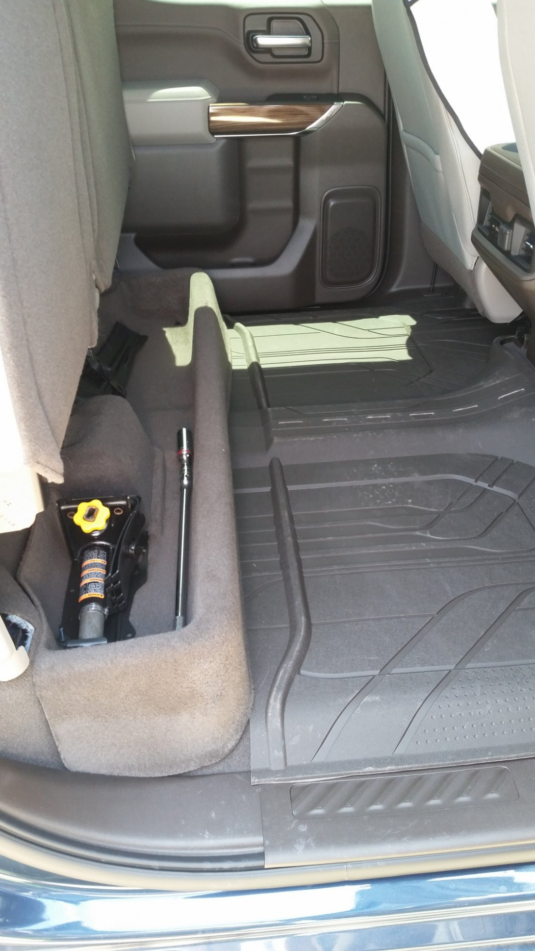 11 Rear Seat Floor Storage - 11 / 11 Silverado & Sierra - GM ...