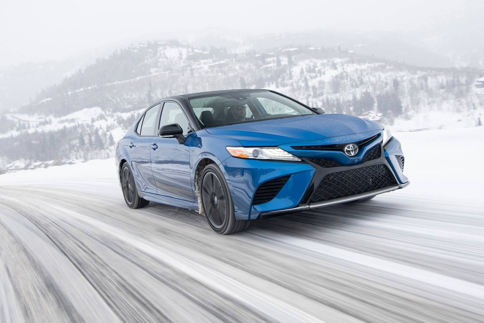 11 Toyota Camry Prices, Reviews, and Pictures | Edmunds - 2020 toyota xle price