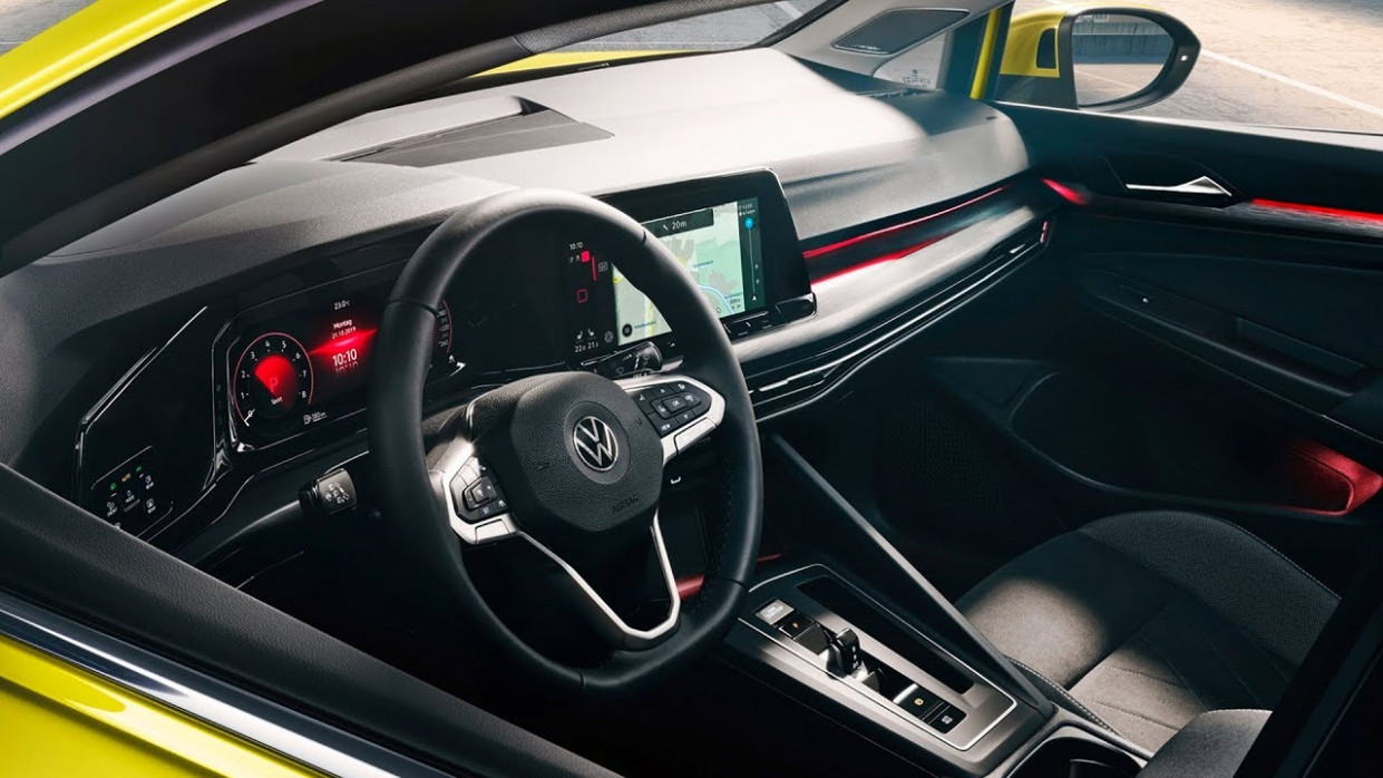 11 Volkswagen Golf - INTERIOR