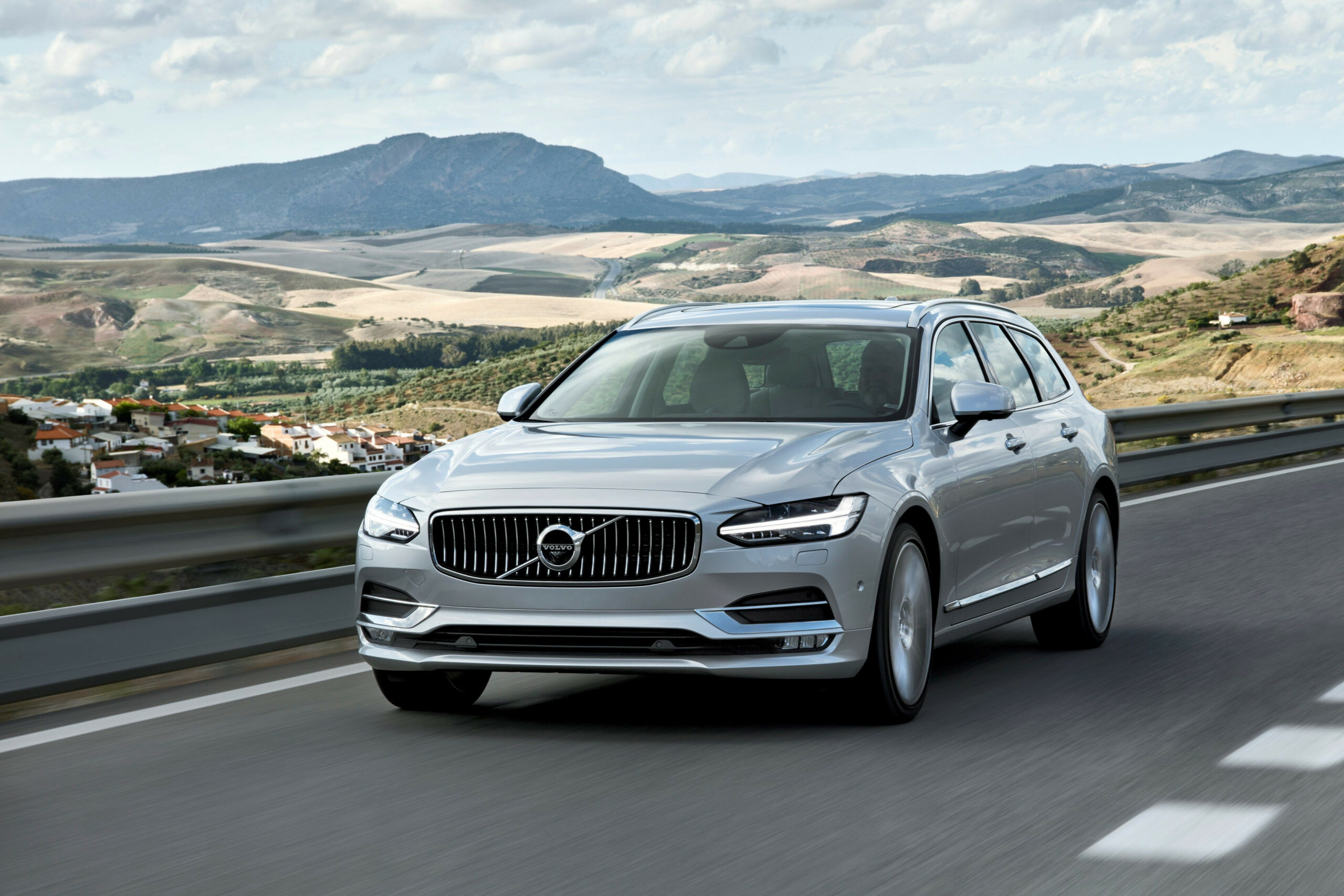 11 Volvo V11 Review, Pricing, and Specs - volvo wagon 2020