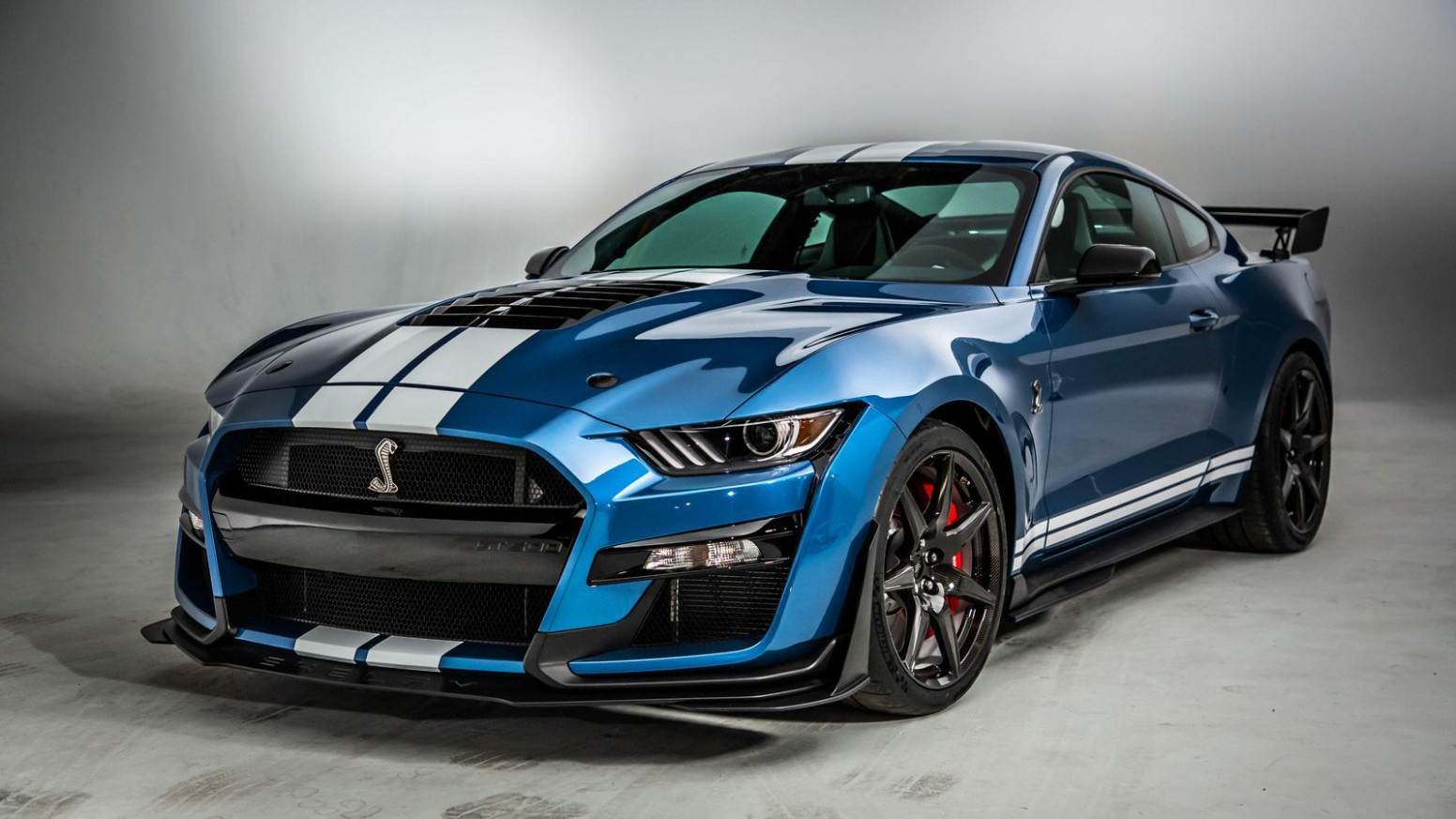 12 Ford Mustang Shelby GT12 brings 12 horsepower to compete ...