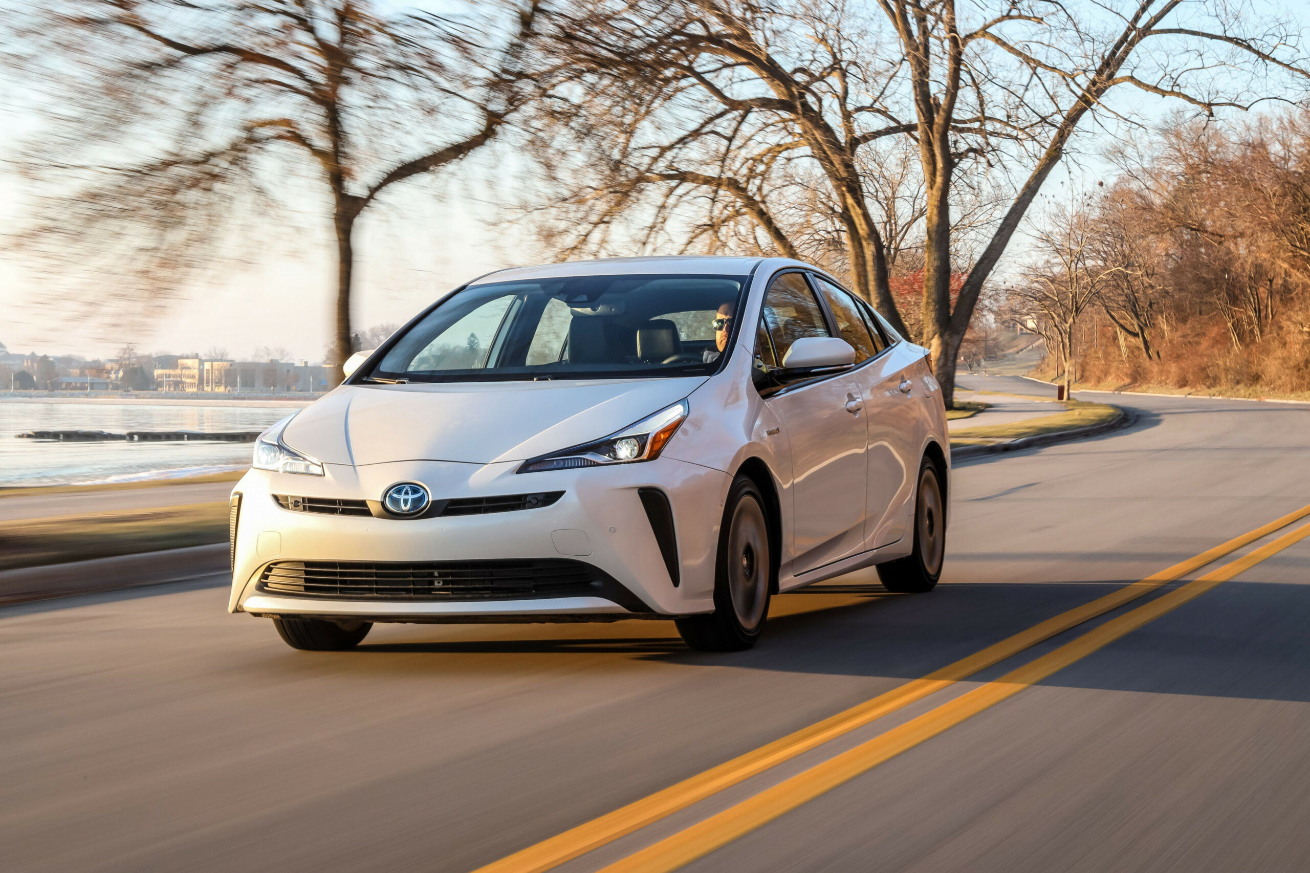 12 Toyota Prius Review, Pricing, and Specs