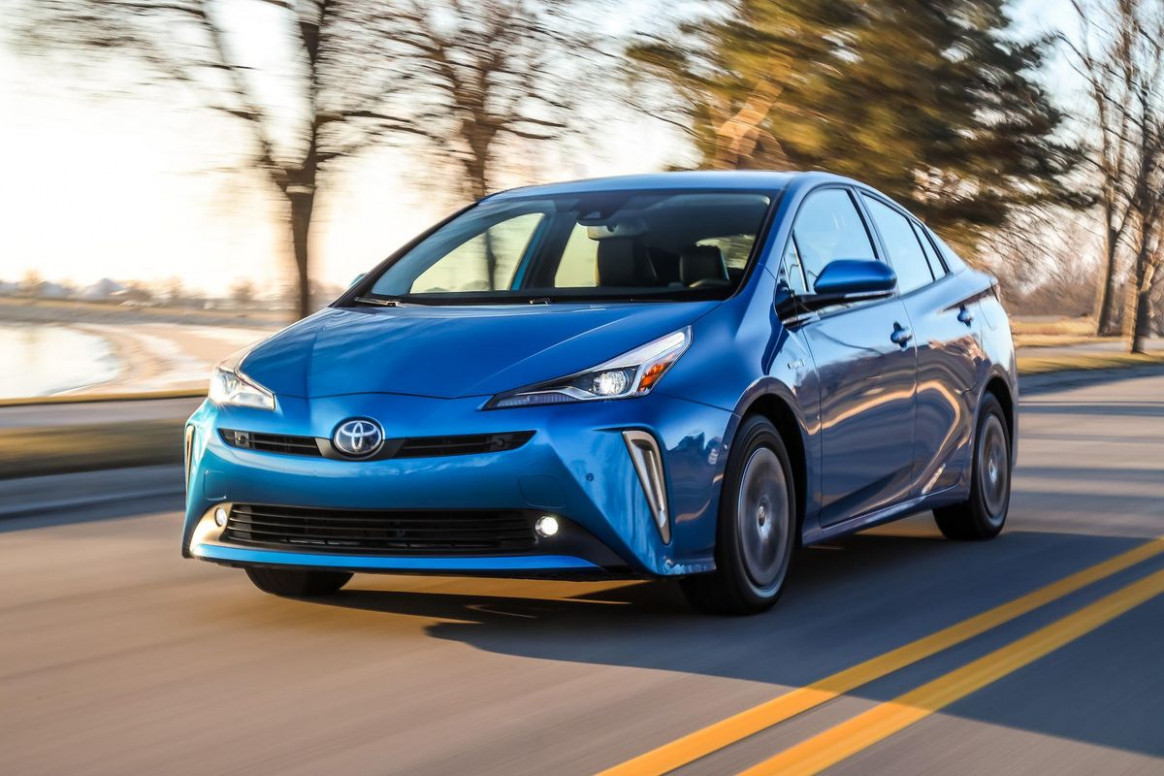 12 Toyota Prius XLE AWD-E Hybrid Test Drive And Review: Visible ..