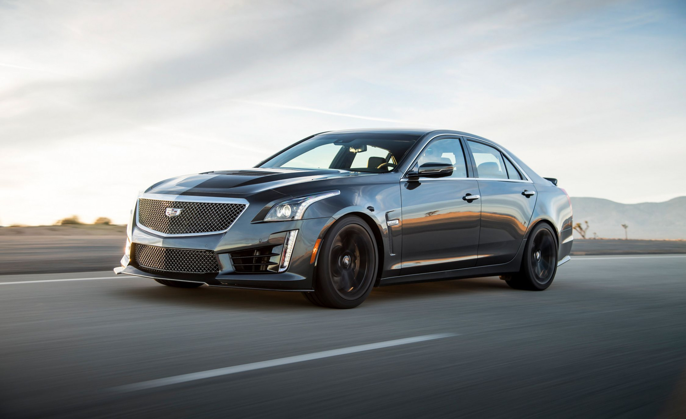 8 Cadillac CTS-V Review, Pricing, and Specs