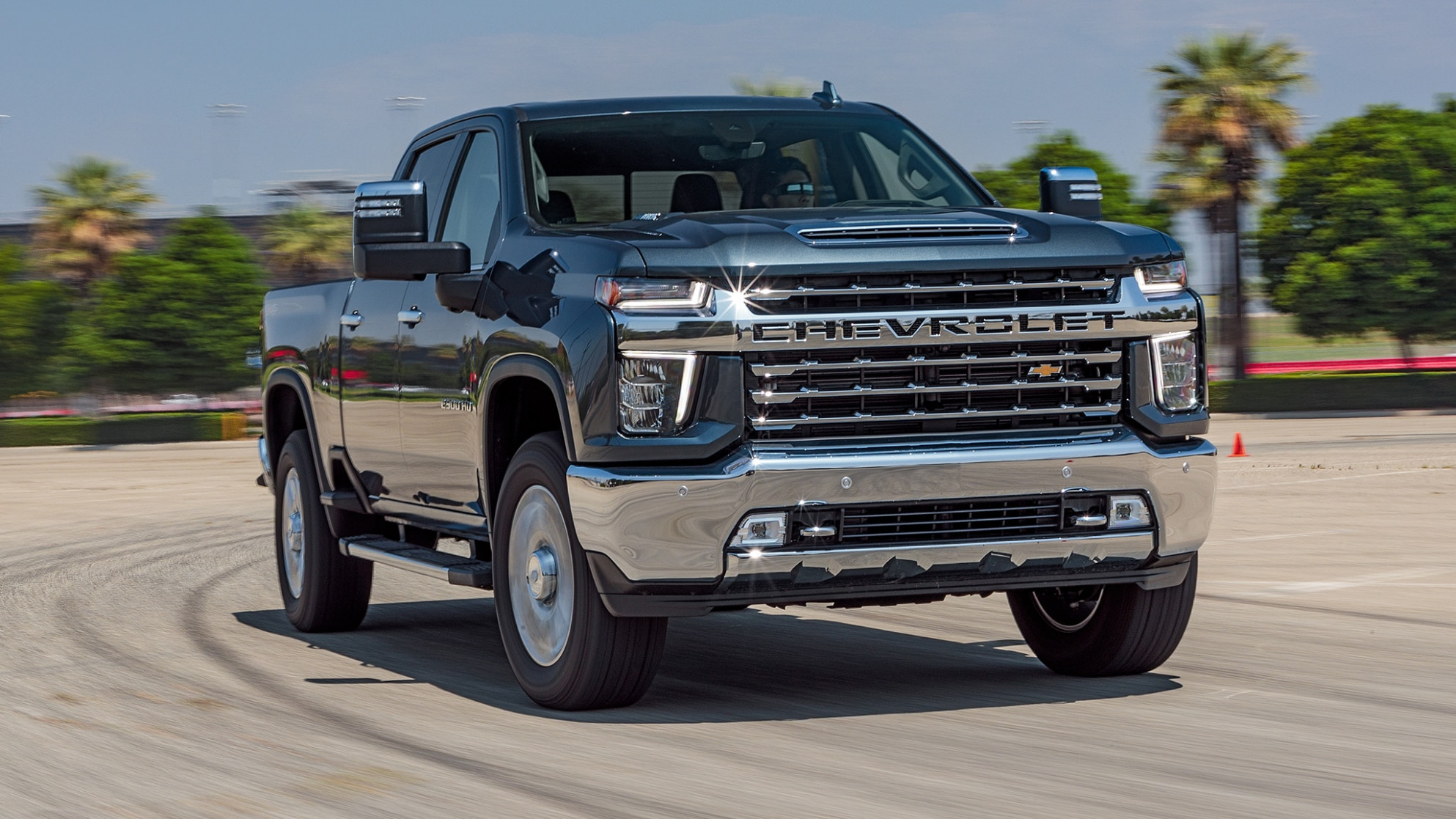 8 Chevrolet Silverado 8HD First Test: Big Truck in the ...