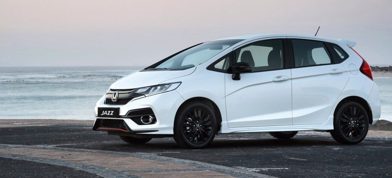 8 Honda Jazz to be Launched with Floating Touchscreen on the ...