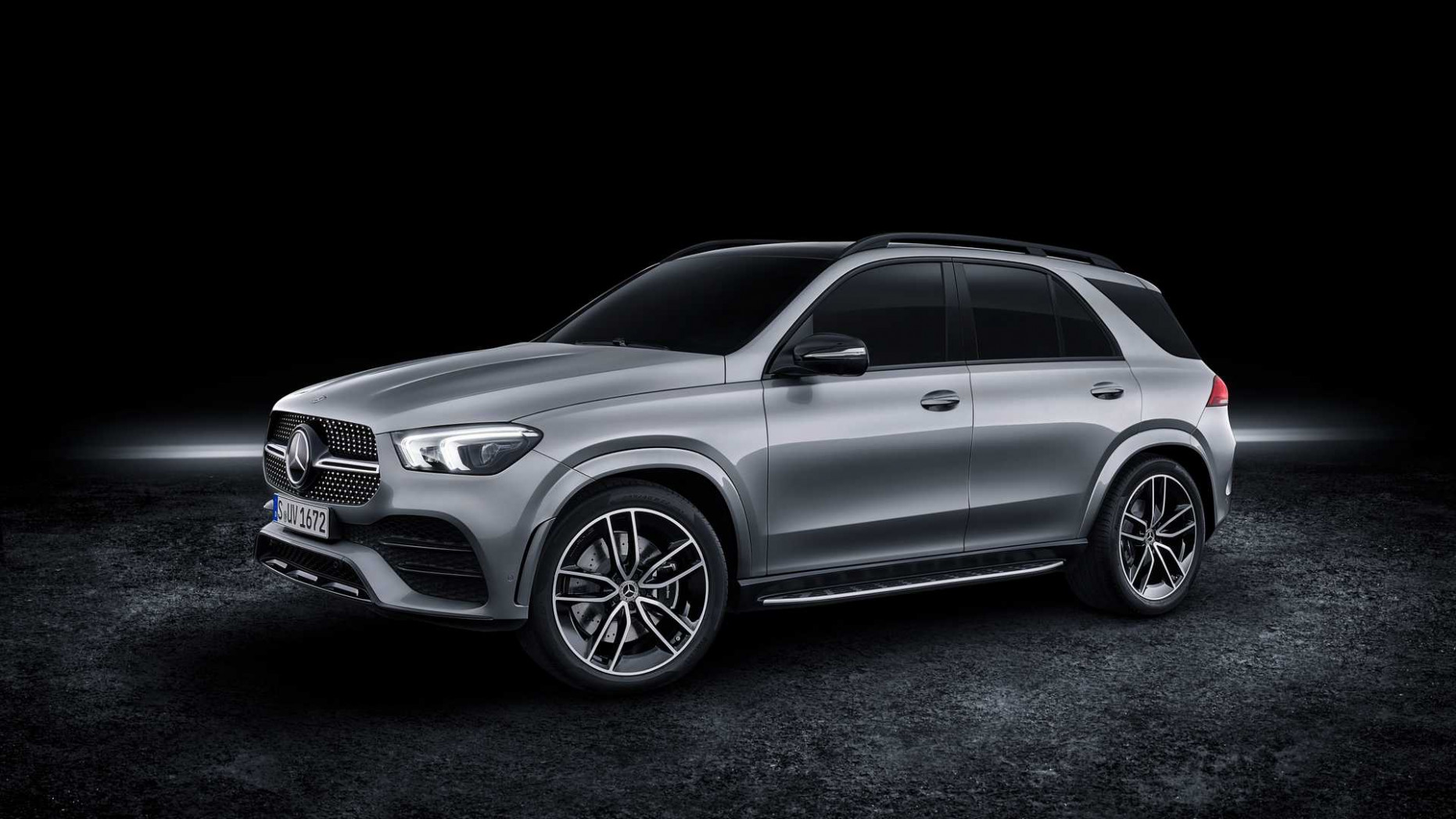 8 Mercedes-Benz GLE 8 Debuts With Mild Hybrid V8 Power - mercedes gle 2020 release date