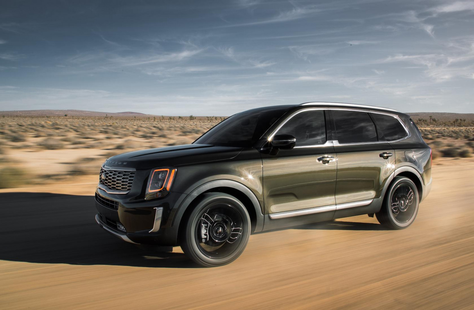9 Kia Telluride is a big bold 9-row SUV made for America ..