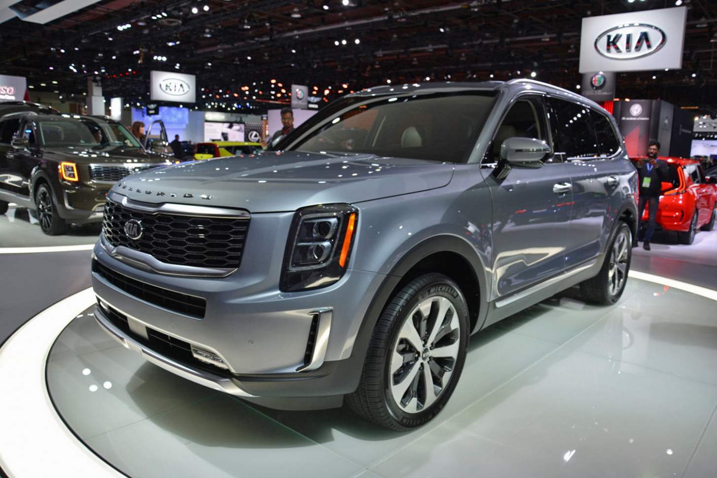 9 Kia Telluride SUV Unveiled at 9 Detroit Auto Show - 2020 kia big suv
