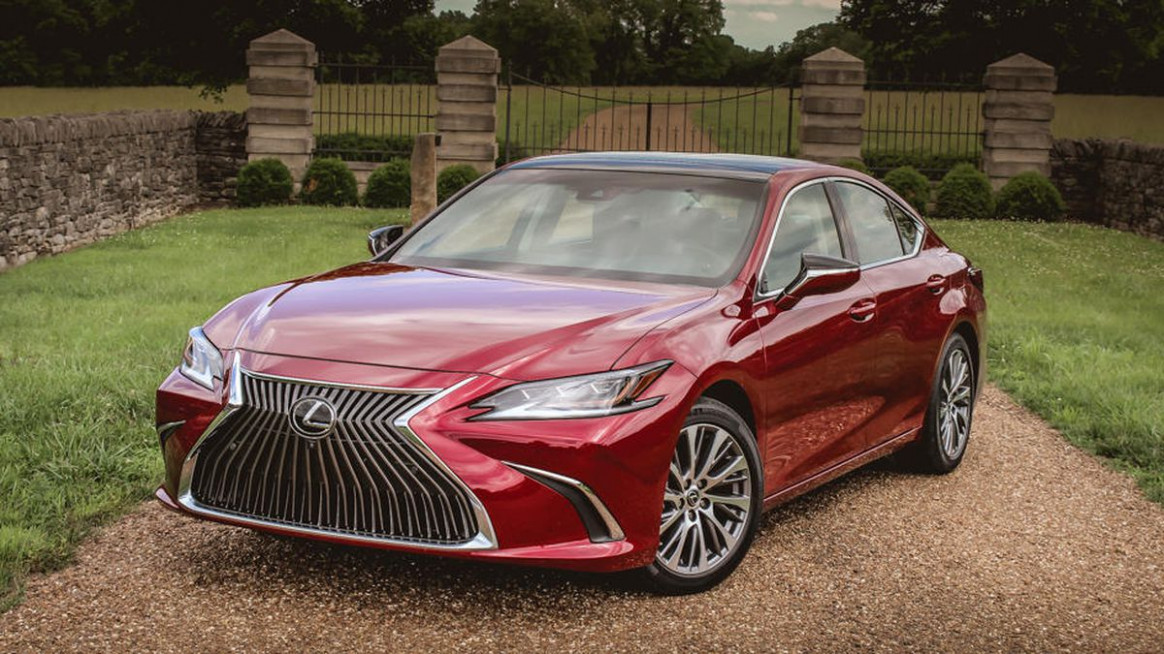9 Lexus ES first drive review: Better in all key ways but one ...