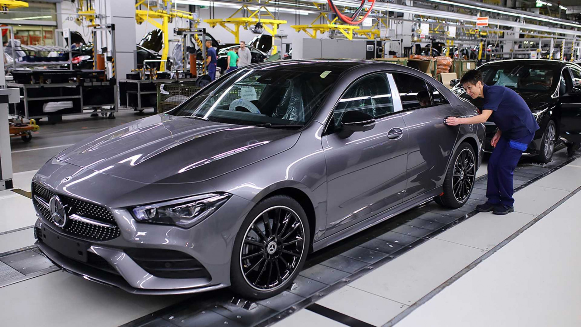 9 Mercedes-Benz CLA-Class production starts in Hungary