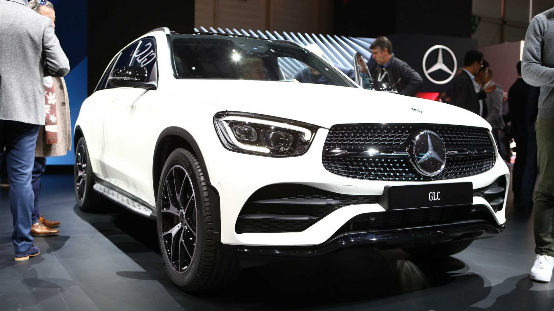 9 Mercedes-Benz GLC Debuts In Geneva With Mild Facelift - 2020 mercedes glc