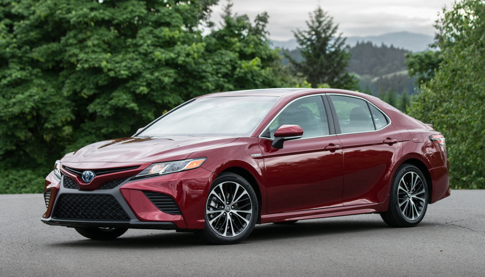 9 Toyota Camry Hybrid - Overview - CarGurus - toyota camry hybrid 2020