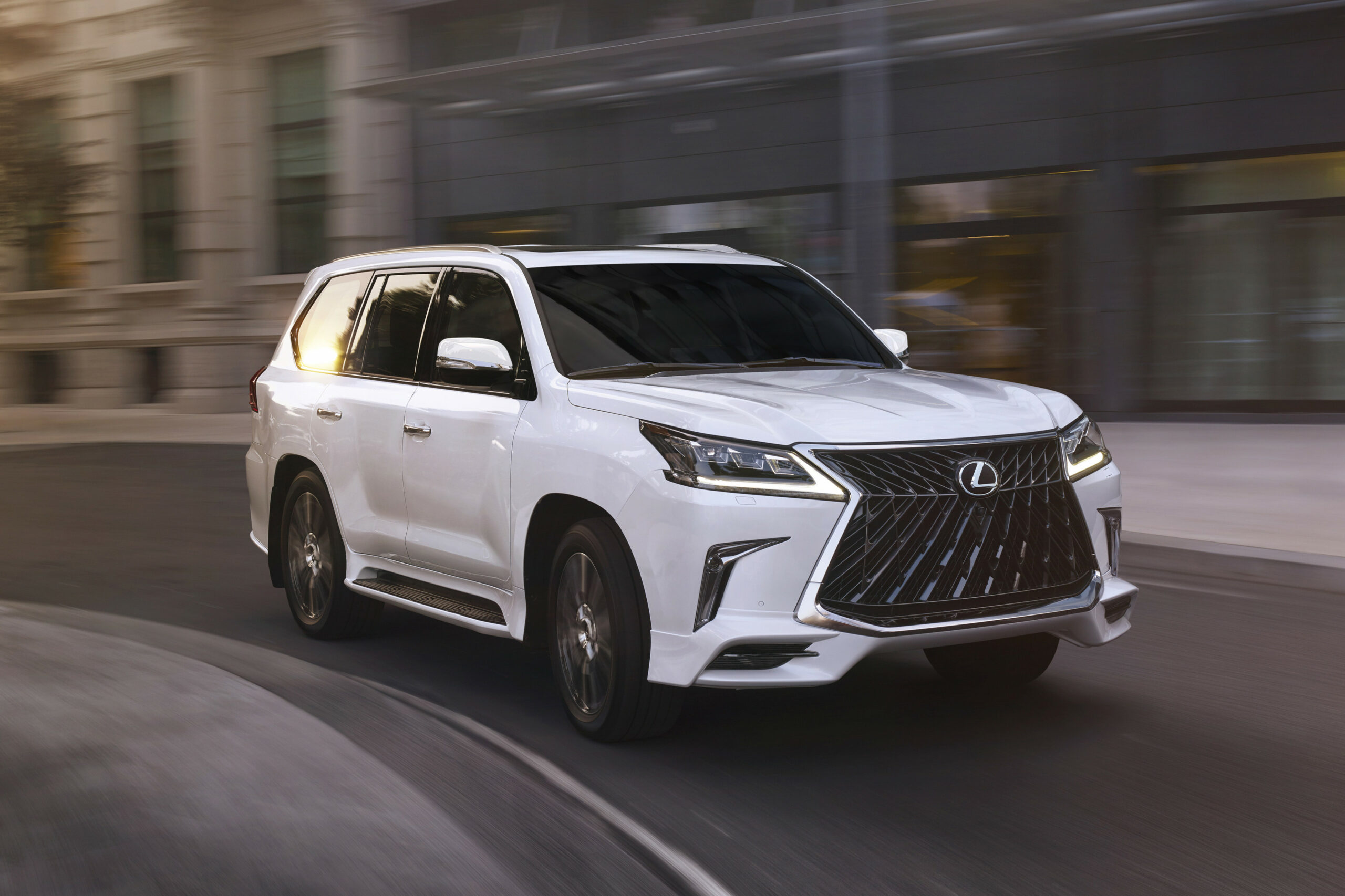 9 Ways to Sport That Luxury Life With the 9 Lexus LX 9 | News ..