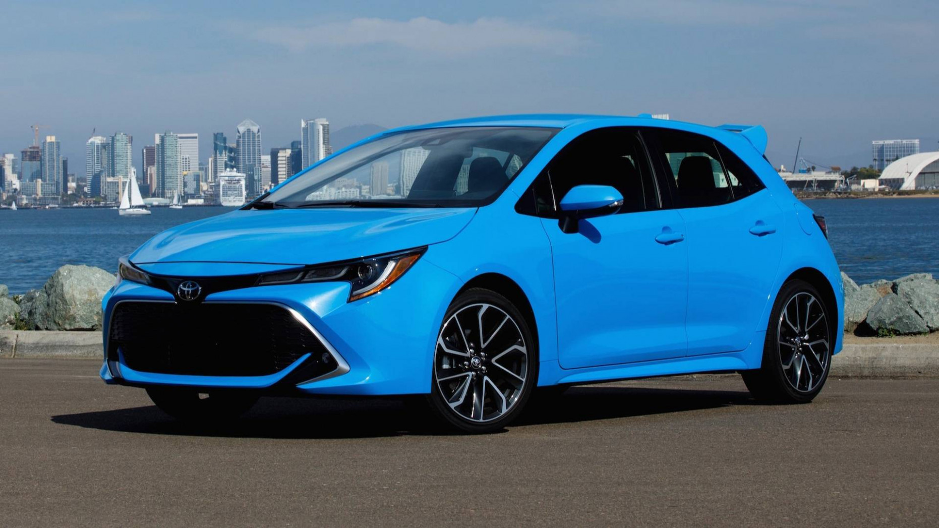 A Toyota Corolla Cross Could Compete With Other Raised Hatches - toyota corolla hatchback 2020