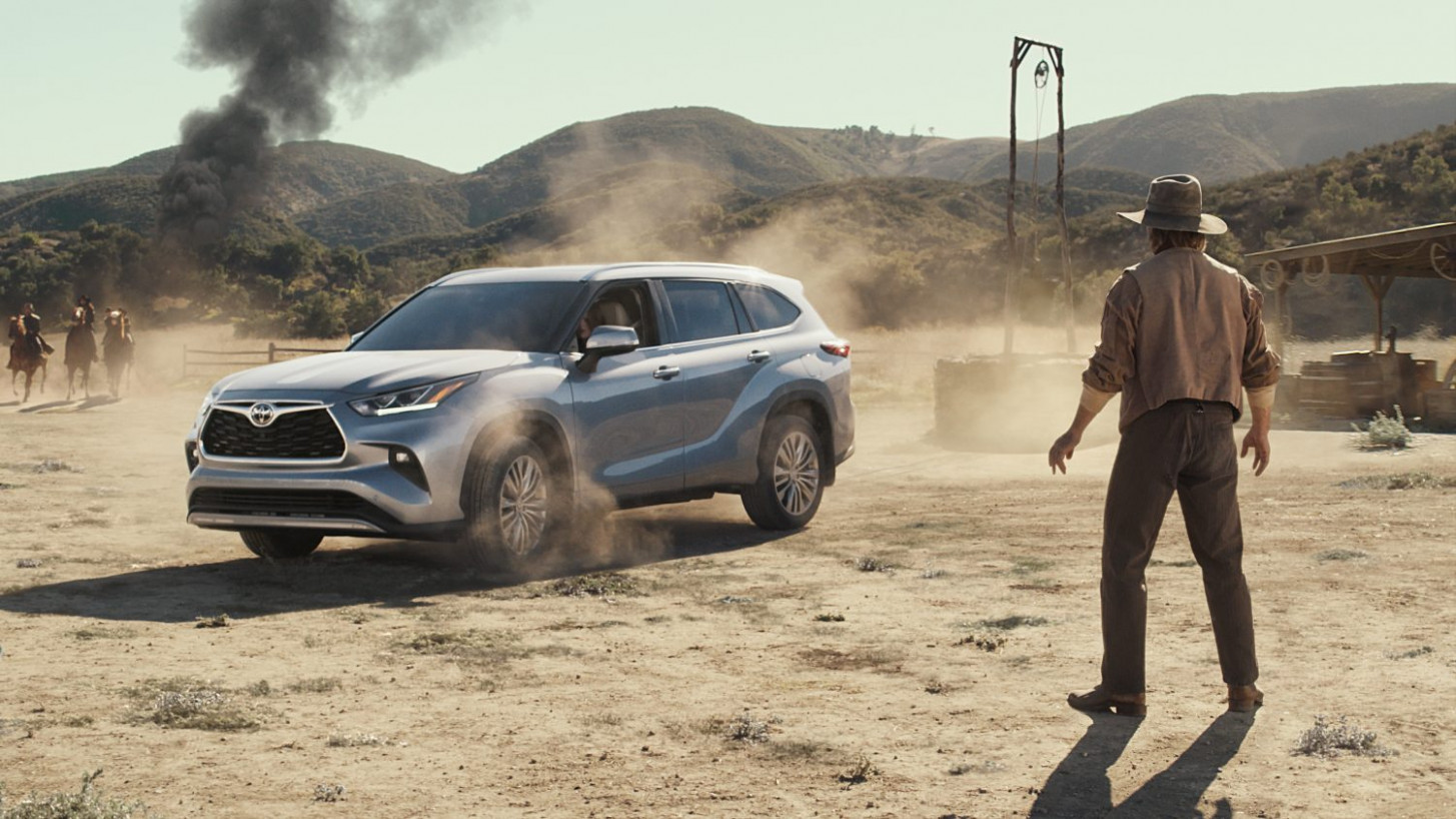All-New Toyota Highlander Goes Wherever It's Needed in 8 Big ...