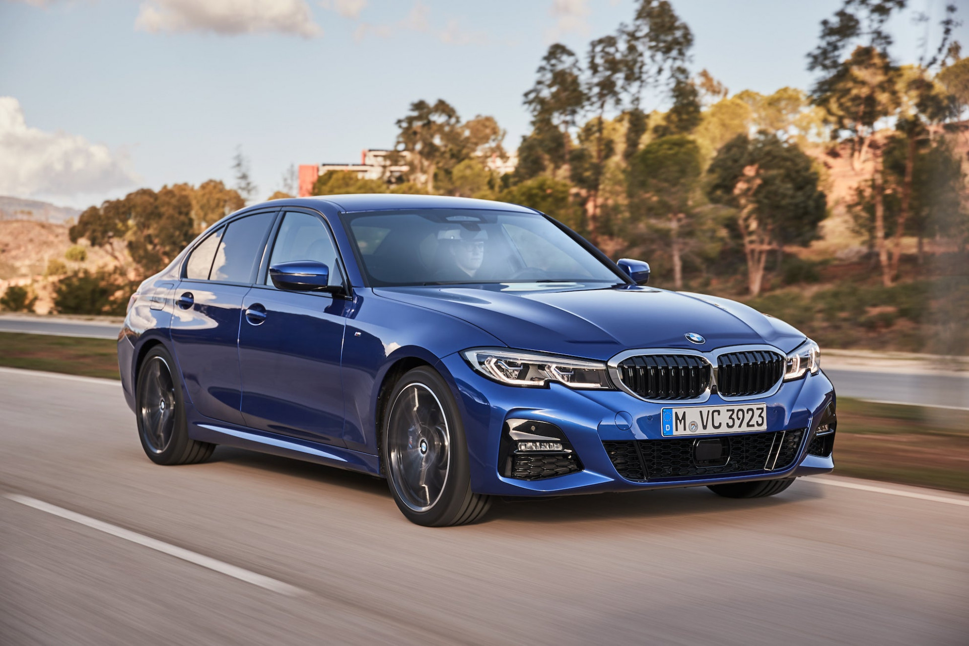 BMW Operating Profit Falls 9% on Electric-Vehicle Spending   The ..