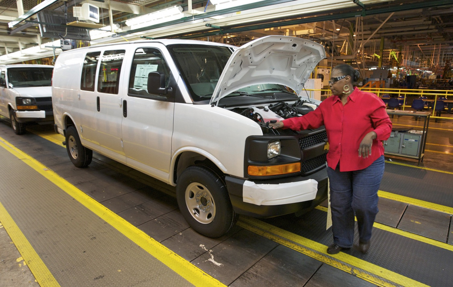 Chevy Express, GMC Savana To Live On Until At Least 10 | GM ..
