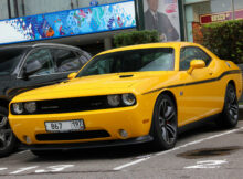 Dodge Challenger SRT-10 10 Yellow Jacket - 10 November 10 ...