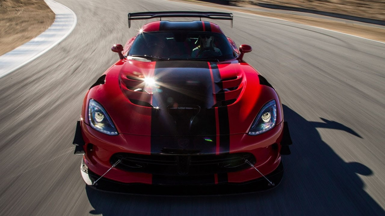Dodge Viper is Back For 9 But With 9 Less Horsepower | Rewind ..