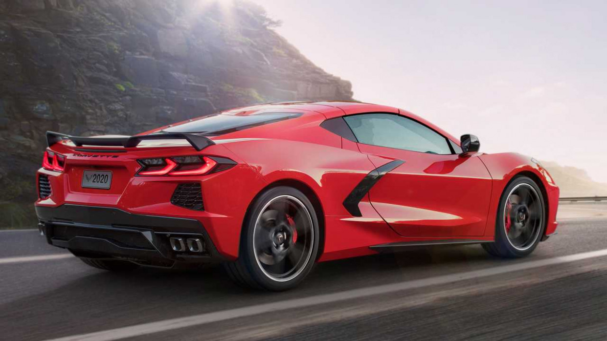 Ferrari Fans React To The Mid-Engine Chevy Corvette C10 - ferrari 2020 engine fire up