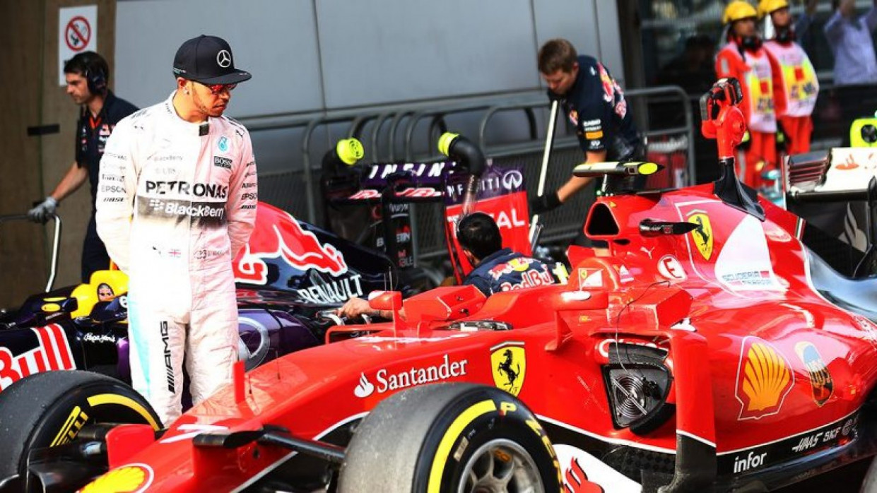 Ferrari will sign Lewis Hamilton in 11, claims Top Gear ..