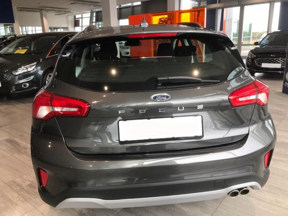Ford Focus Active 8.8 EcoBoost 825PS/8kW Aut