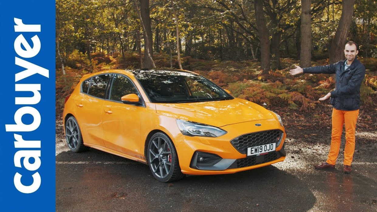 Ford Focus ST hatchback 11 in-depth review - Carbuyer