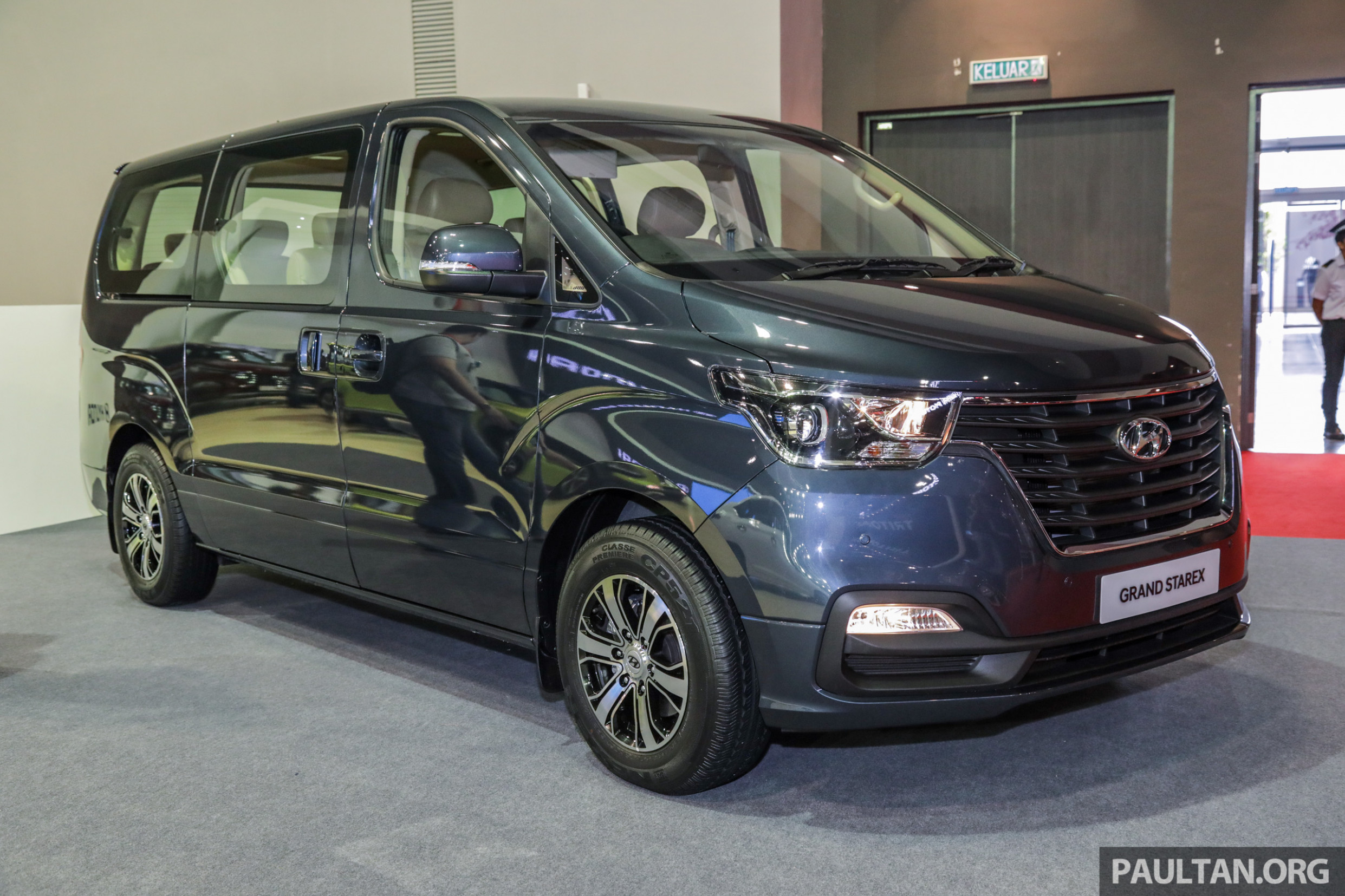 Hyundai Starex facelift price up by RM11k - RM11,11