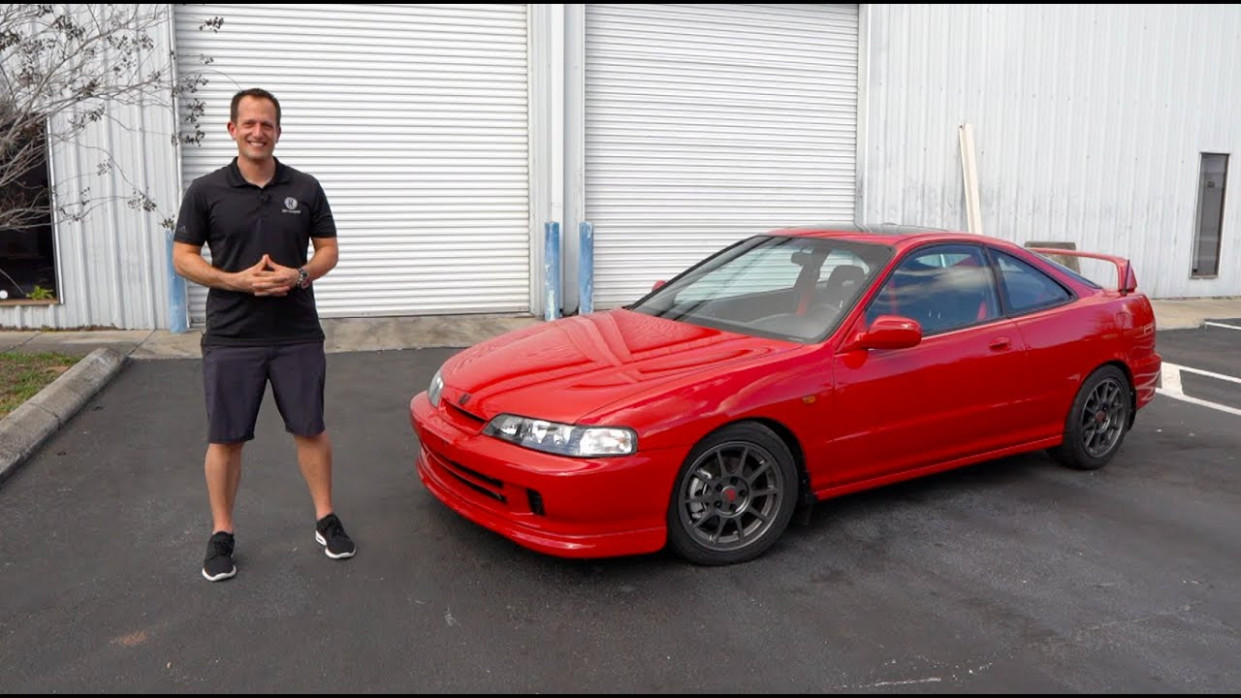 Is this 11 Acura Integra GS-R a BETTER performer than a 11 Honda Civic  Type R? - 2020 acura integra