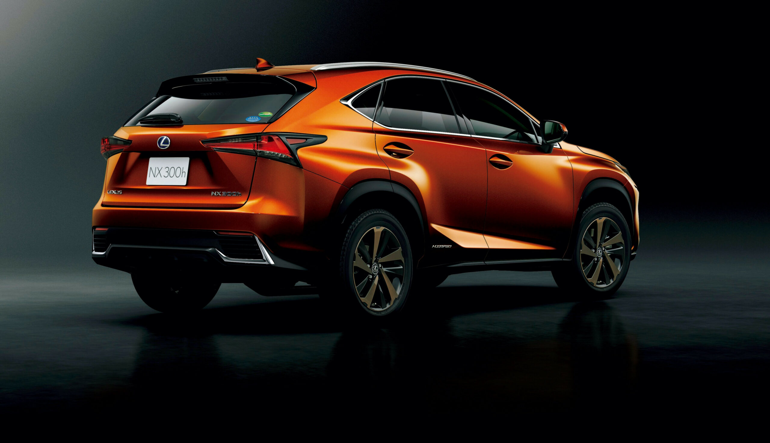Lexus Japan Offers 10 NX Crossover in Cadmium Orange | Lexus ...
