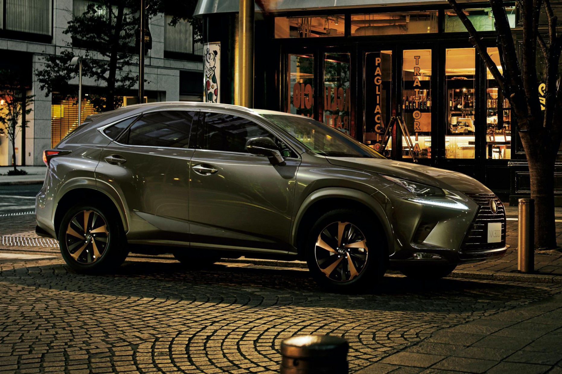 Lexus' NX Bronze Edition And UX Blue Edition For Japan Look The ...