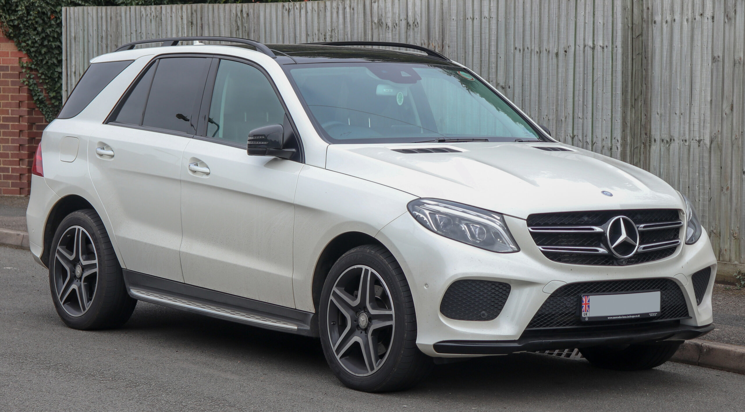 Mercedes-Benz M-Class - Wikipedia - mercedes gle 2020 indonesia