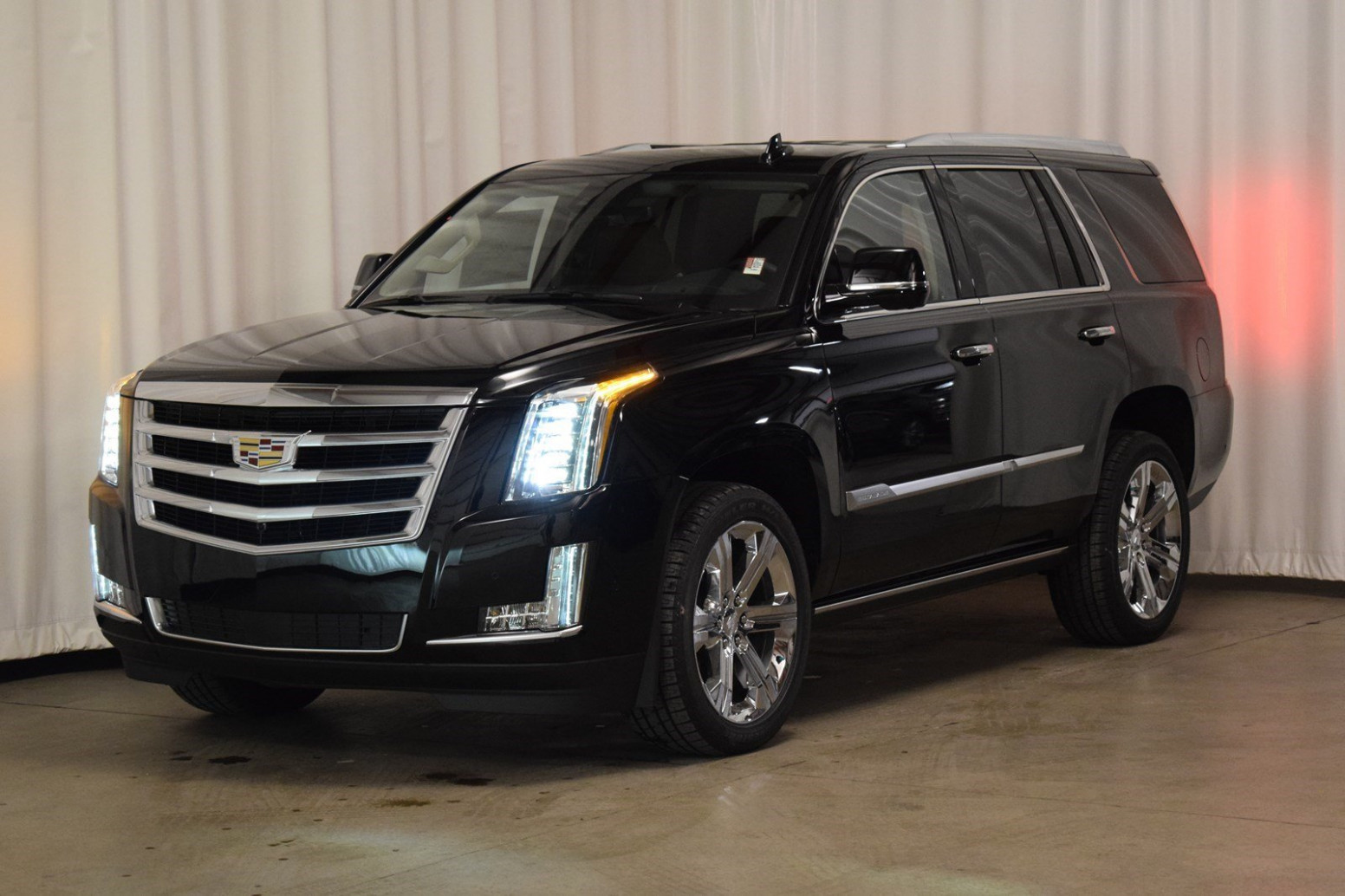 New 11 Cadillac Escalade Premium Luxury With Navigation & 11WD