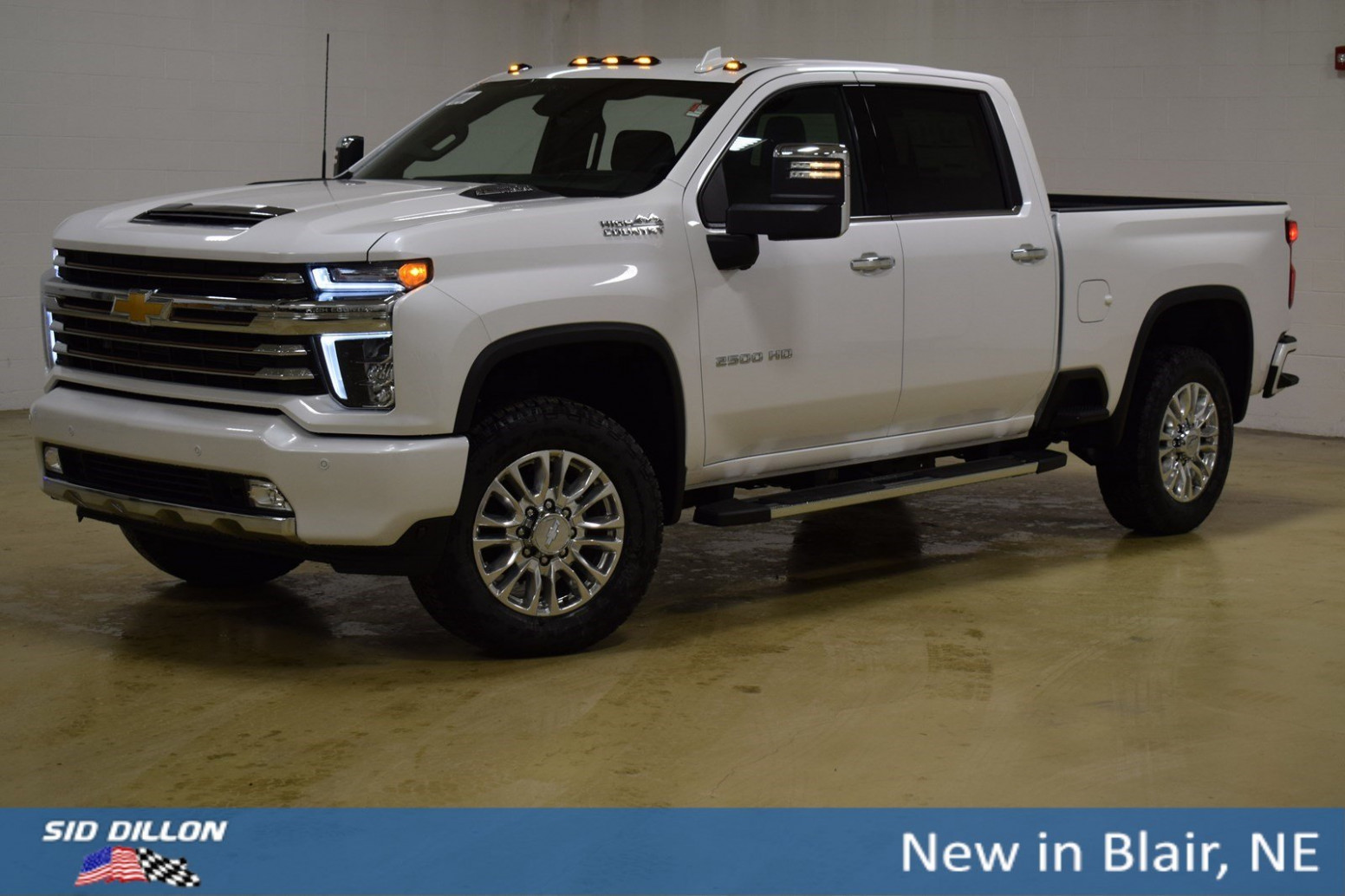 New 12 Chevrolet Silverado 12HD High Country With Navigation & 12WD