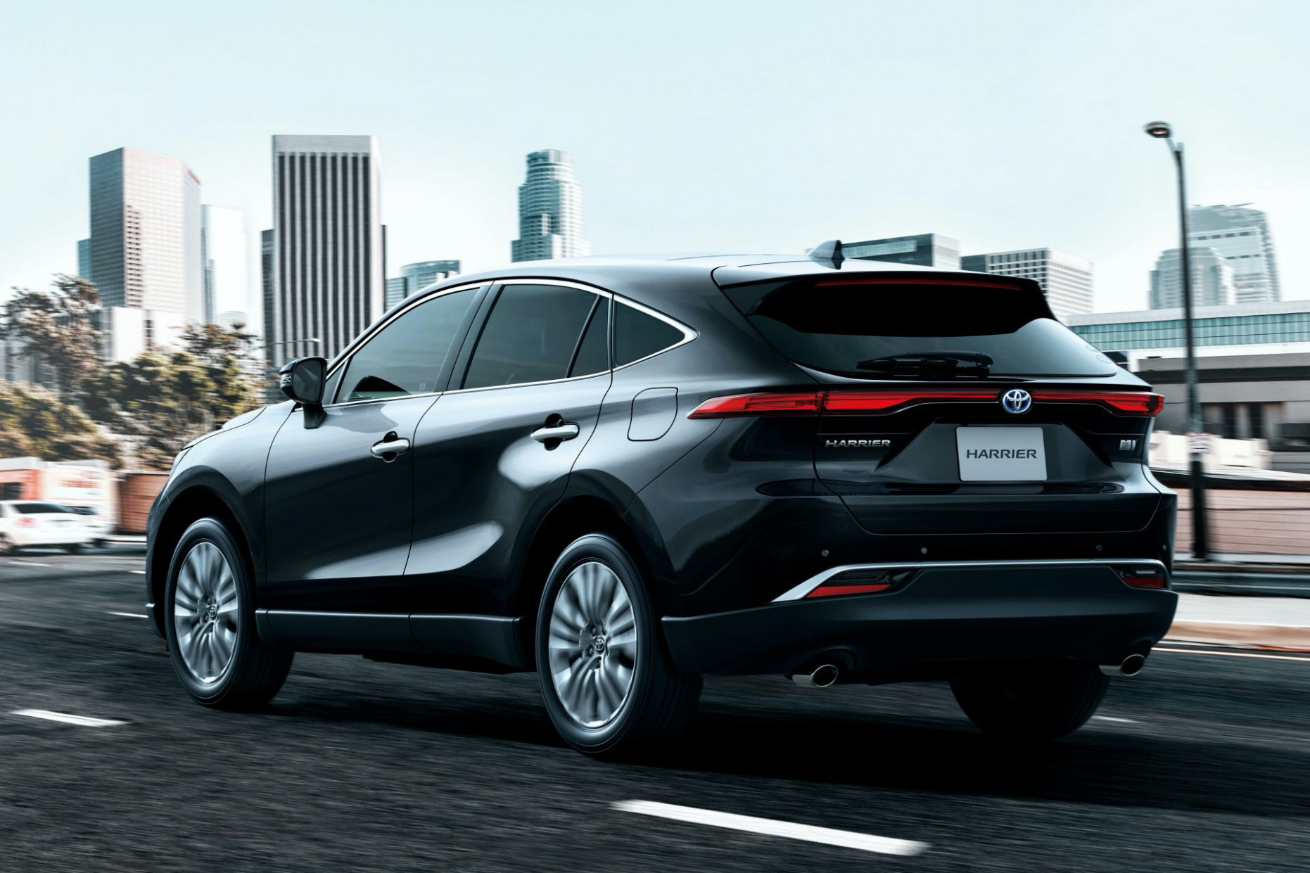 New 12 Toyota Harrier Is A Good Looking RAV12-Based SUV You Can ...