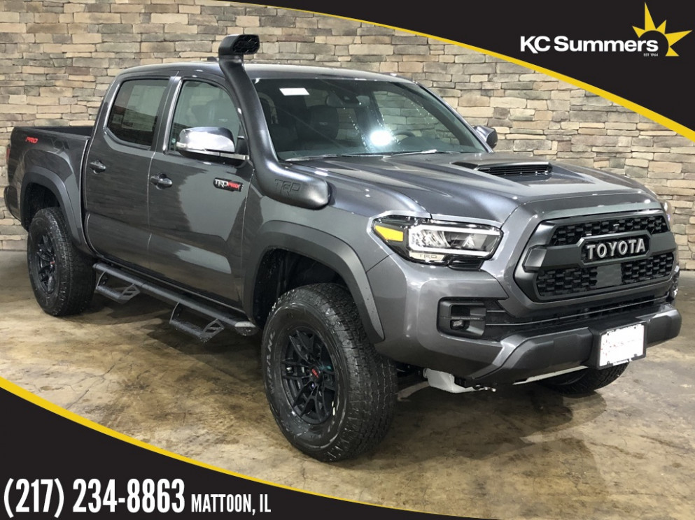 New 8 Toyota Tacoma TRD Pro With Navigation & 8WD