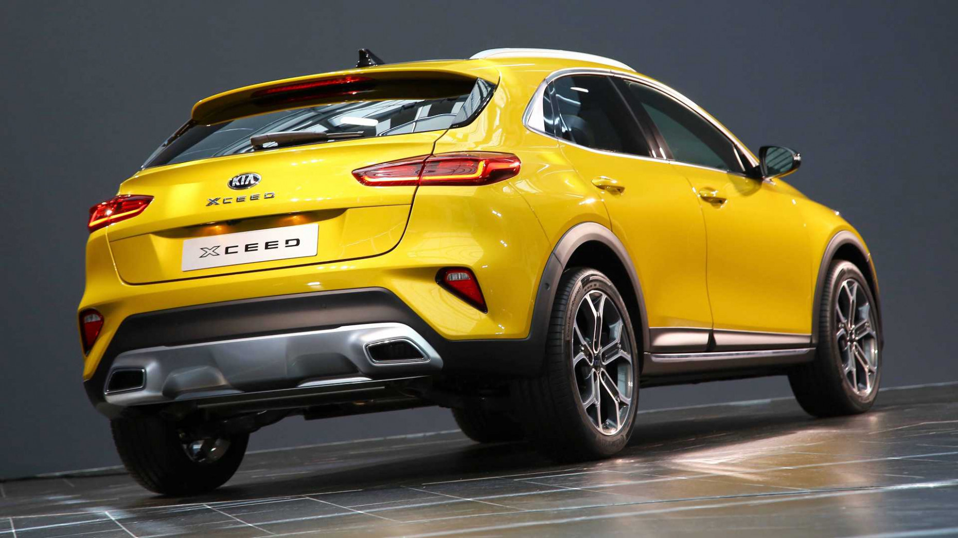 New Kia XCeed compact SUV starts from under £10,10